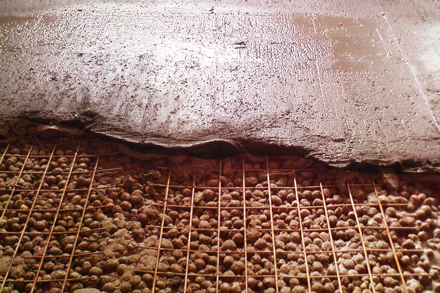 Мокрая стяжка пола с использованием керамзита