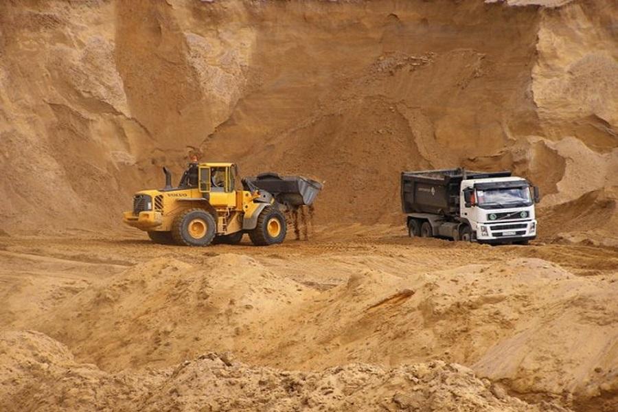Добыча карьерного песка