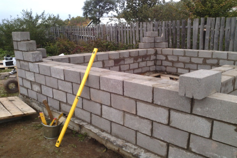 Керамзитные блоки и строительство