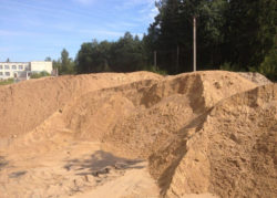 Песок карьерный с доставкой по Москве и области